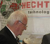Click image for larger version.  Name:Günther_Hecht_3.jpg Views:89 Size:37.0 KB ID:44318
